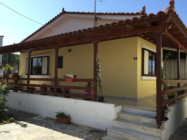 """""""ioannas"""" vila - Nerantza - Condominium"""