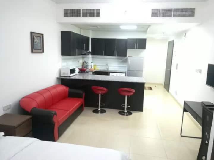 迪拜杭州公寓独门独户,安全舒适,交通方便,地铁站近。服务周到,宾客至一!