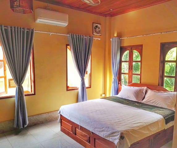 Double room with private bathroom+One Tree GH2