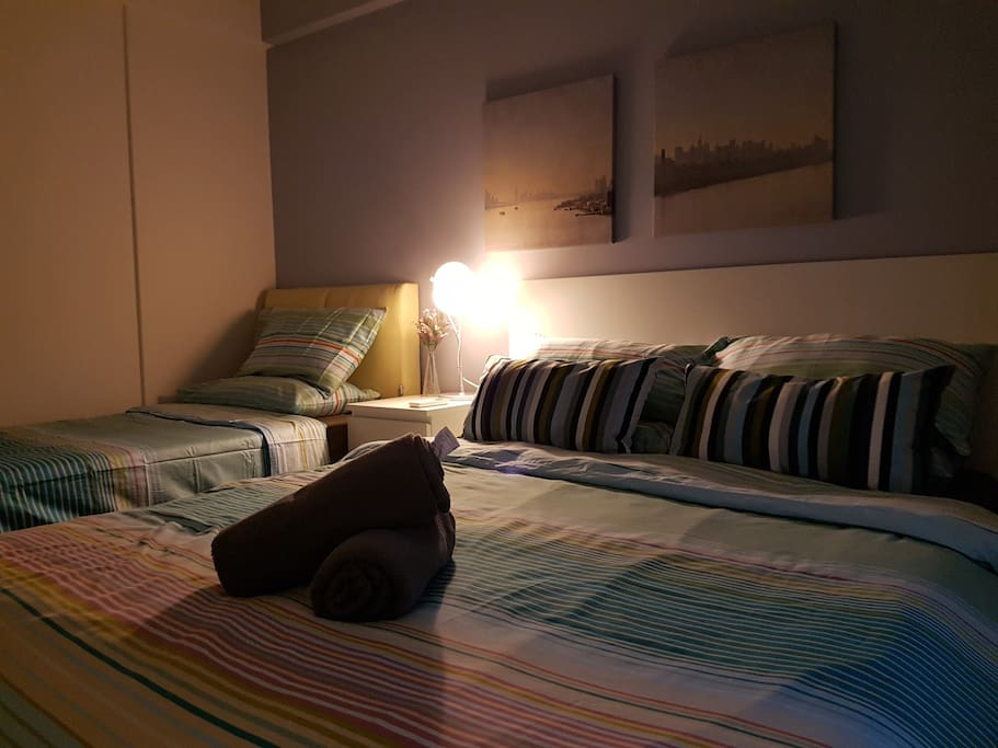 Cozy Bedroom with lampshade