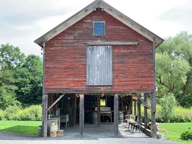 Owls Hoot Barn Glamping Hudson Valley