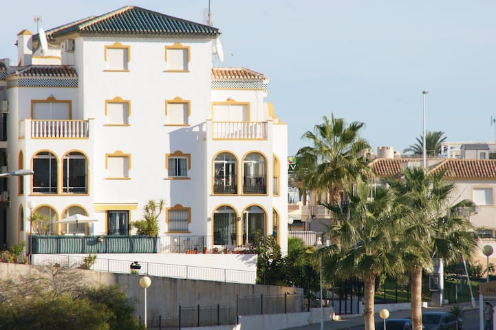 Stunning South Facing Ground Floor Apt La Zenia