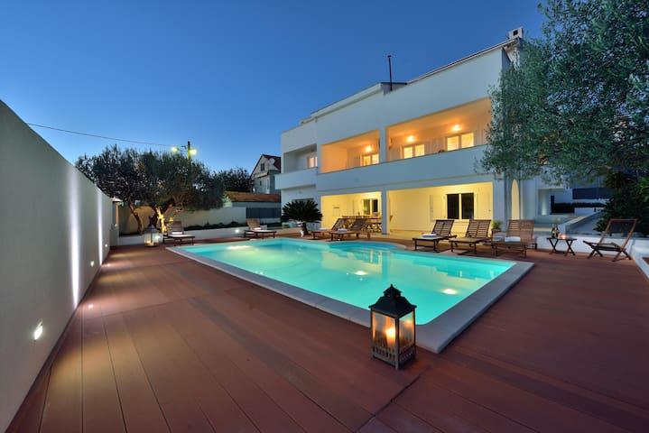 "Luxury Villa ""Nodi"" with pool - Zadar - Villa"