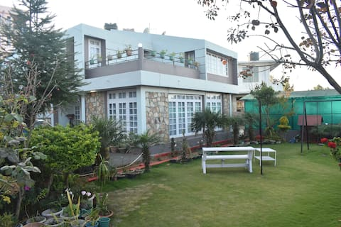 Fairlawns Guest House