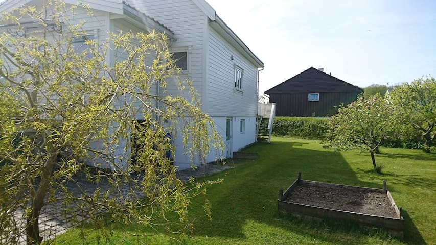 1 bed Apartment sleeps up to 4 Stavanger