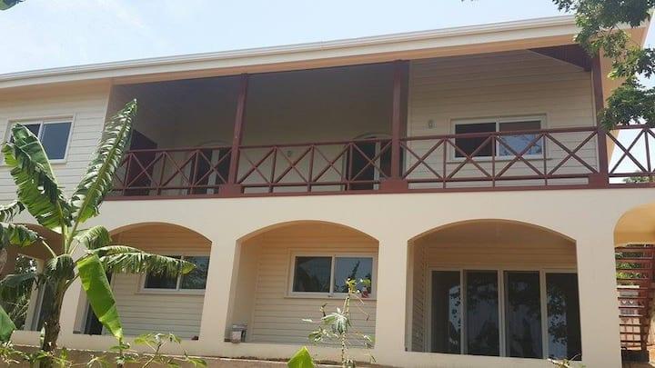 Cosy apartments in real Roatan community