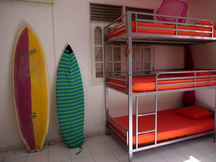Colocation en dortoir