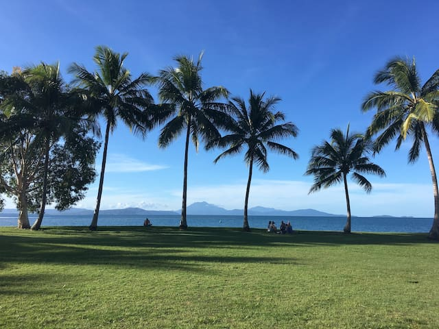 Studio apartment- Macrossan Street, Port Douglas!
