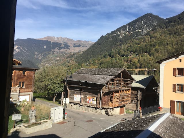 Swiss Chalet For 1 or 2 near Verbier Valais Bagnes