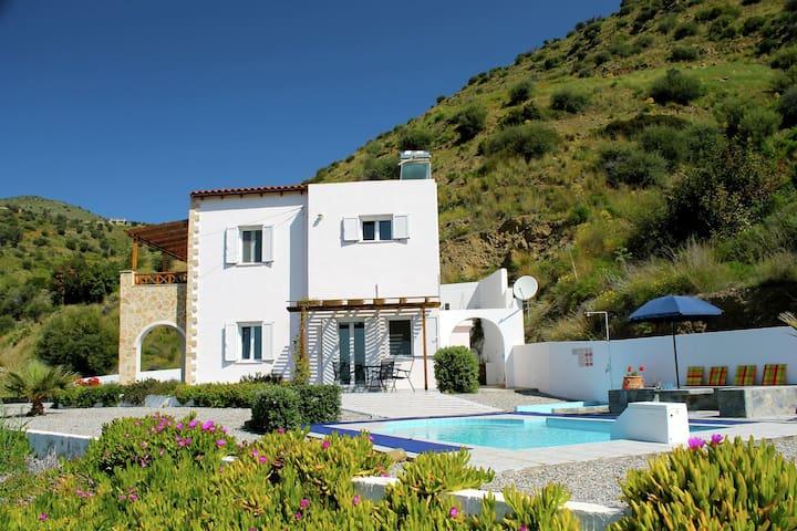 Beautiful Villa in Agia Galini Crete with Swimming Pool
