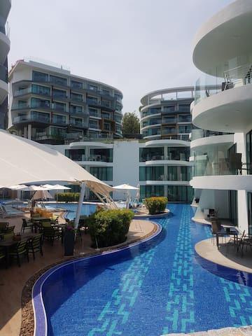 Twin Sands Hotel & Spa - Phuket