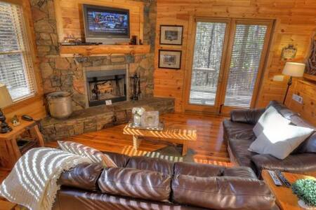 Super Private Cabin with Hot Tub - Cleveland - Overig