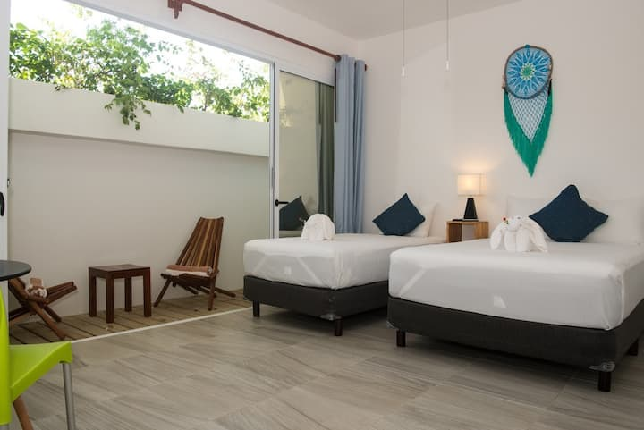 Suite de lujo Eco Business CLUB DE PLAYA DE ACCESO GRATIS