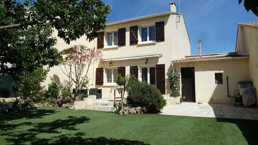 Maison entre Mer et Montpellier - Cournonterral - Hus