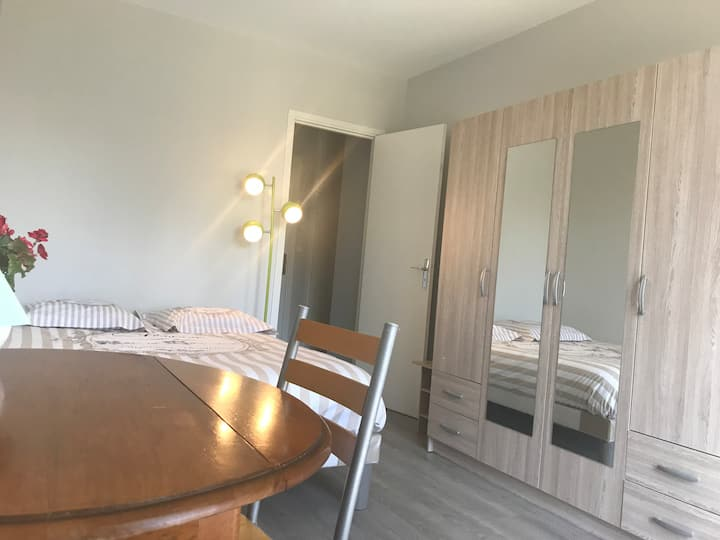 Rambouillet Centre Appartement F2, Balcon, Parking