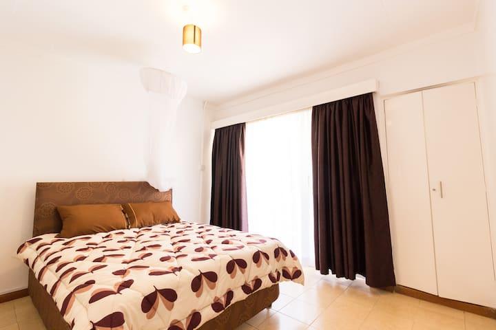 Private Room with balcony at Oledume Road Kilimani