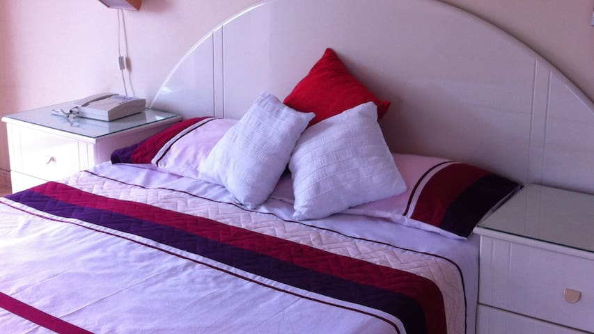 Luxury double ensuite bedroom - Ħal Għargħur - House