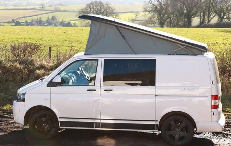 Boris - VW Campervan for Hire Based in Devon