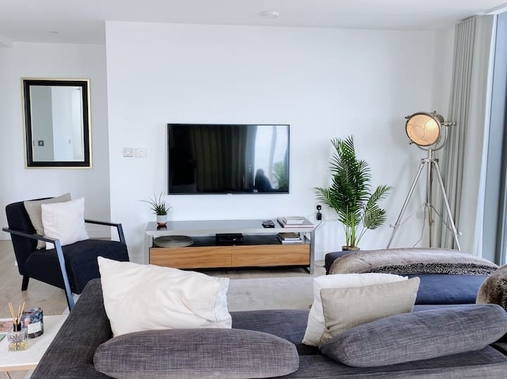 Luxurious 1bed Apartment in Stratford , Zone 2