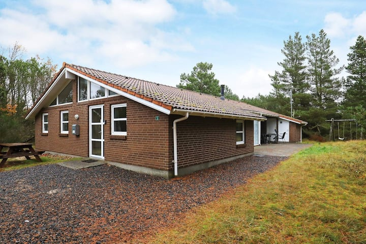 8 person holiday home in Blåvand