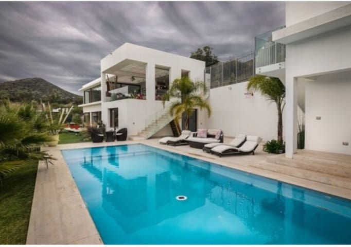 Amazing Mansion with Insuperable View!!!