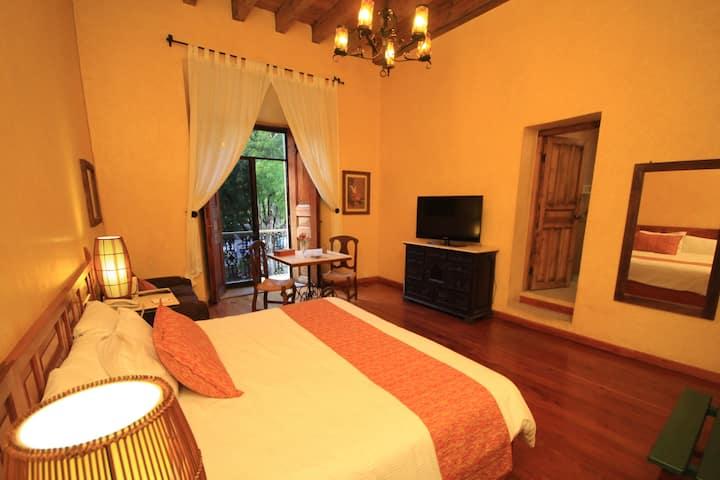 Hotel Ciudad Real Centro Histórico Suite 211