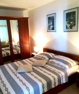 Luxury apartment Lea *** on Cres - Cres - Huoneisto