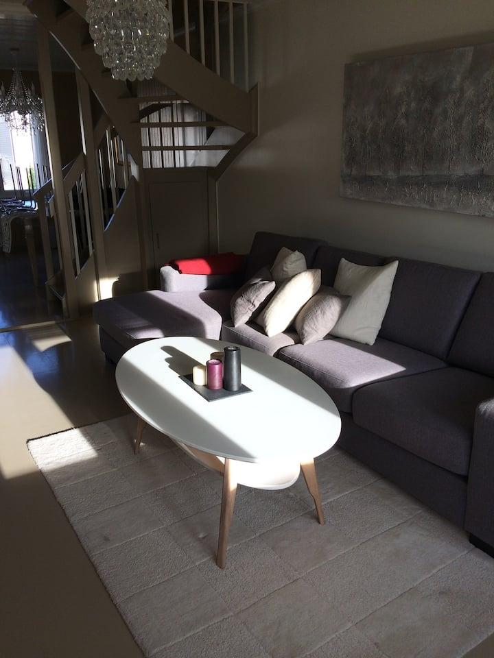 Koselig leilighet over 2 plan, Lund Kristiansand