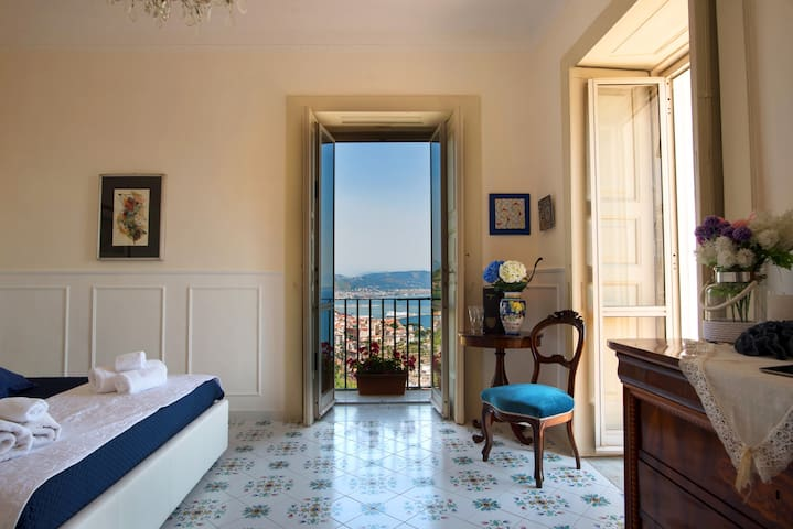 Blu Sea view suite