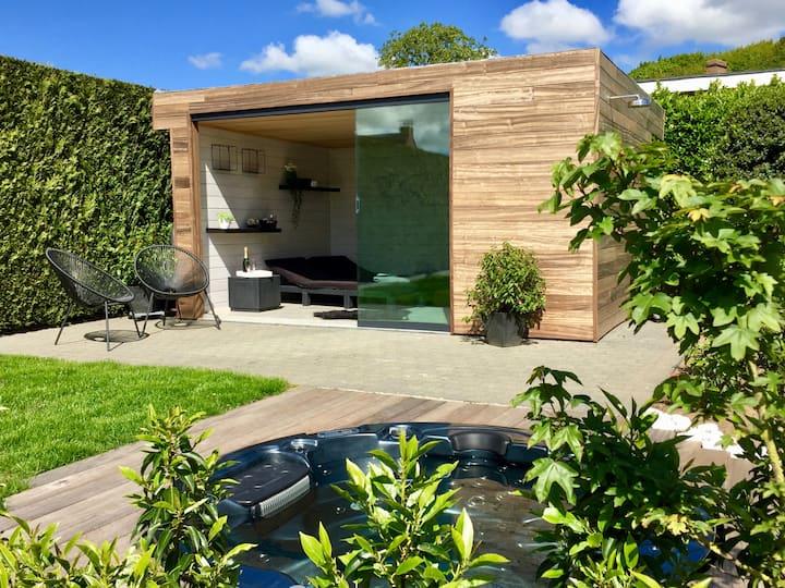 Modern wellness villa