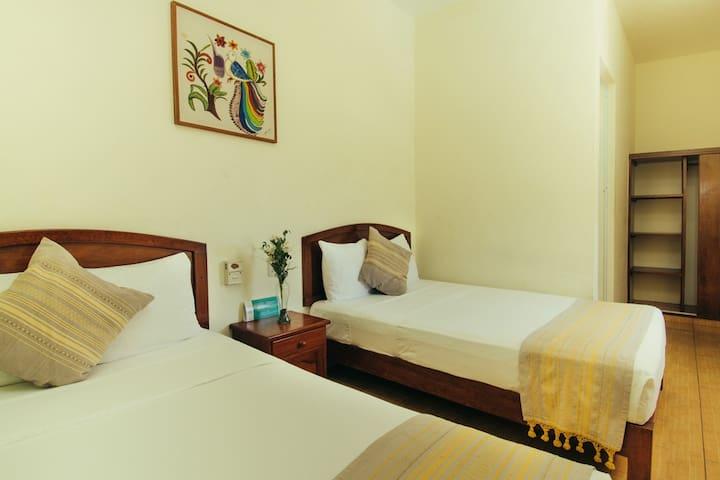 Private Bedroom 2 Double beds - Casa Losodeli