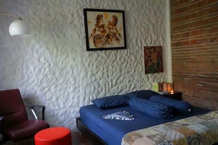 Rumah Jambon Village House - Deluxe - Gamping - Hus