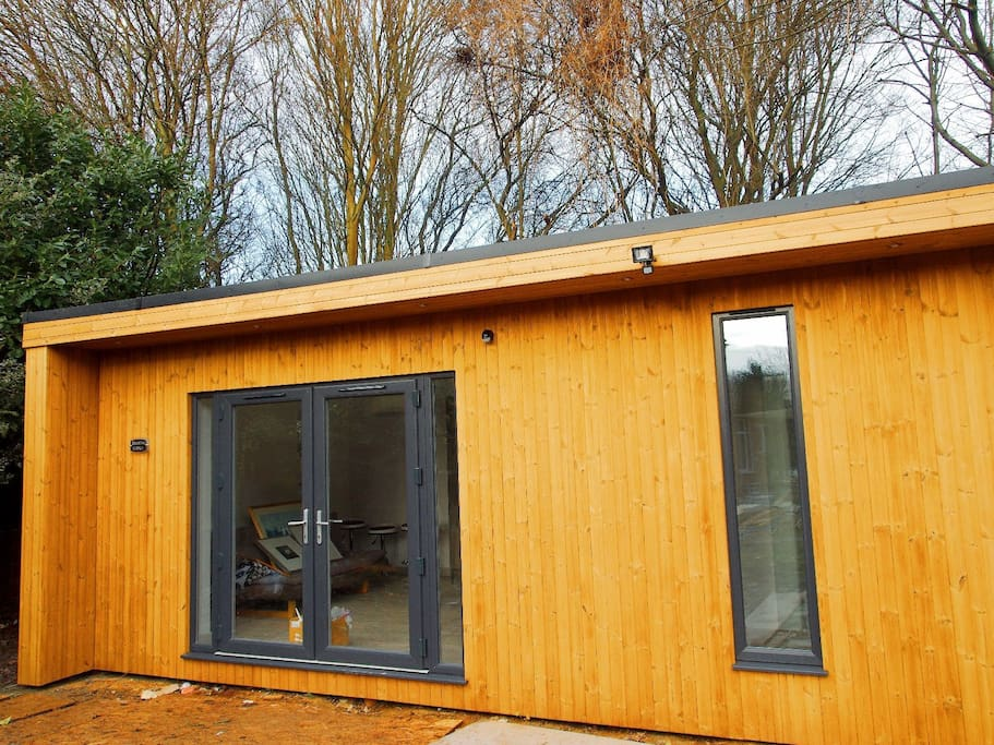 Modern, spacious and fully insulated annexe. At the bottom of our garden, separated from the main house