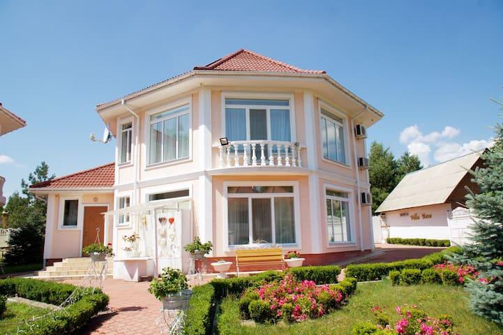 Villa Sonata 10 pax ECO complex, beautiful nature!