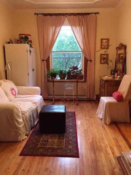 salon de lecture dans la chambre des maitres