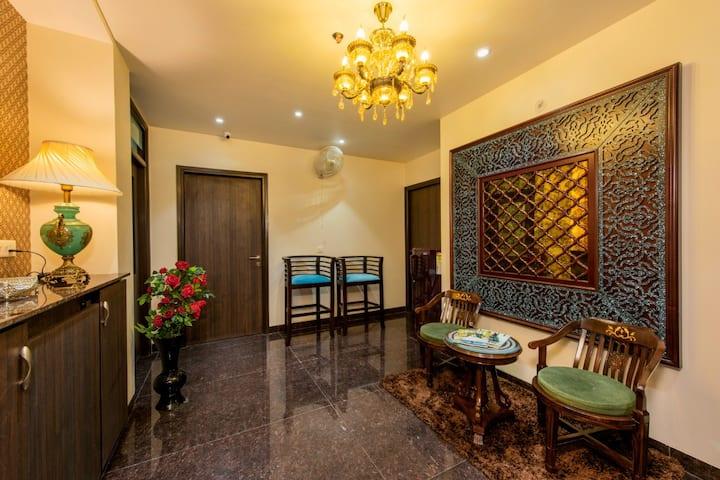 Palm INN - Luxury A/c Room (upto 4) Ensuite Bath