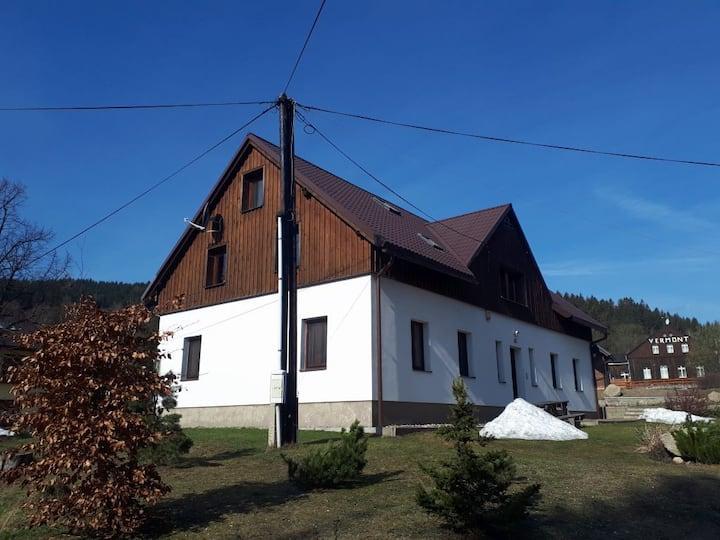 Byt 4+kk v obci Bedřichov