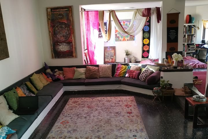 the  magic house of dorit and ruti