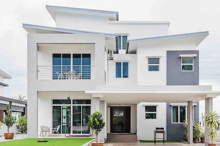 Seascape Villa ☀ 3 floors/5br/5.5ba (PROMO 50%OFF)