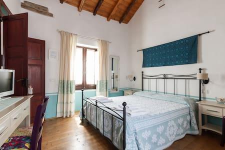 B&B la casa di nonna peppina - San Vito - Bed & Breakfast