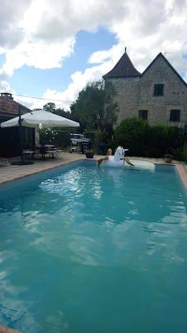 Joli studio avec piscine & terrasse
