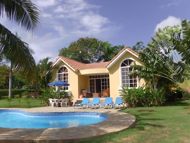 Beautiful Caribbean Villa with Pool and Garden - Sosúa - Villa