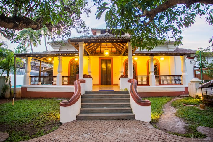 Casa Feliz - Luxury 4BHK Villa Goa