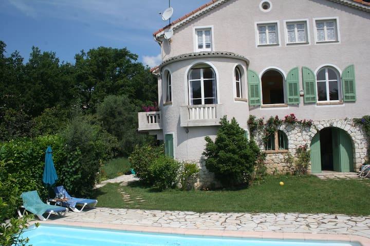 Bastide 160 m²-piscine privative-terrain de boules - Vence - Casa