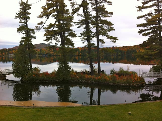 Lagoon House apartment on Loon Lake - Vermontville - Casa