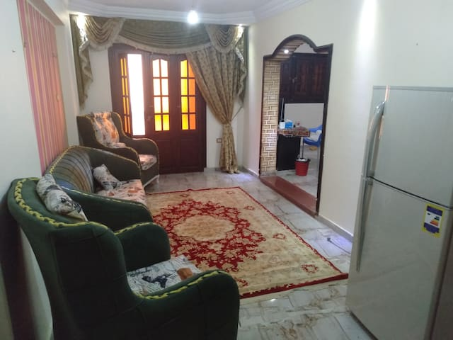 Cheap & Comfortable Private Room Near the Sea