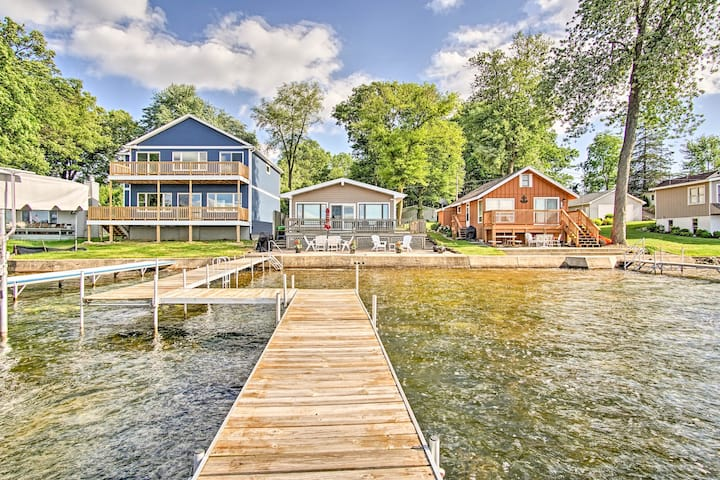 Lake George 'Cottage on the Lane' w/Dock & Kayaks!