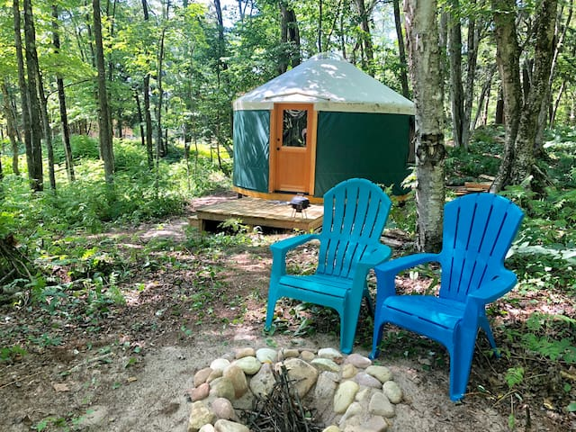 Yurt at AuTrain Lake! Glamping Pictured Rocks!
