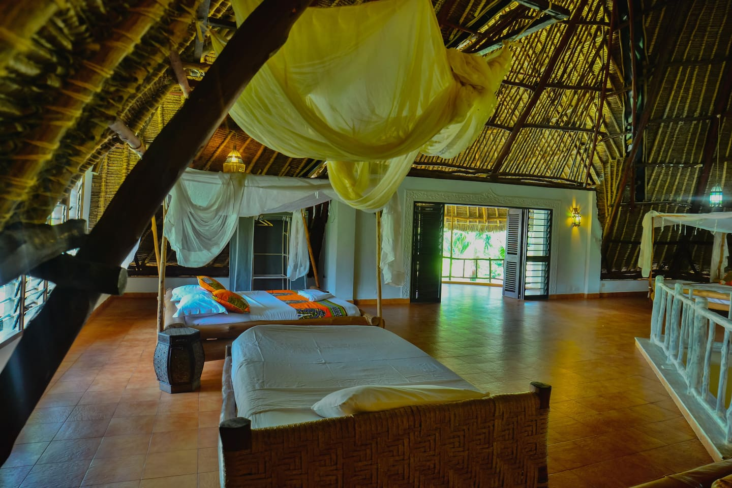 Upani in Diani Villa, 12-bdrs total, 300m to Beach