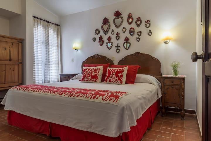 THE ROOM FOR LOVE IN OAXACA, ESTANCIA DE VALENCIA